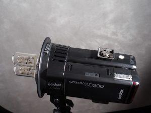 Zwei Godox AD200 in AD-B2